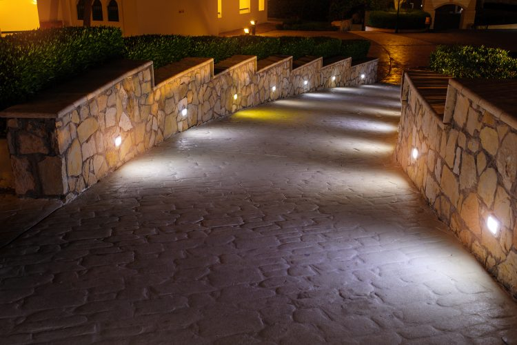 Brighten Up Your Backyard With These Lighting Tricks